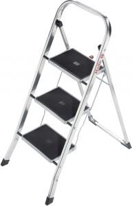 Hailo K30 Aluminium-Klapptritt, Leichte, flache Leiter mit den großen Stahl-Stufen und Anti-Rutsch-Matten, 3 Stahl-Stufen, Arbeitshöhe: max. 245 cm